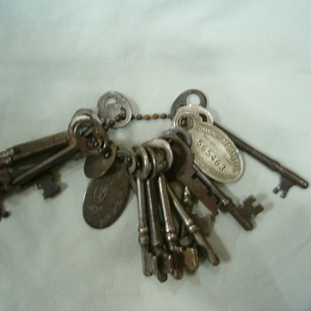 Jail house keys - Tools and Hardware