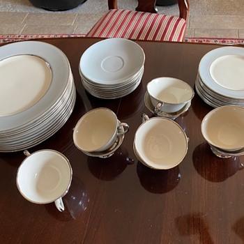 Vintage Flintridge China, Made in California! - China and Dinnerware