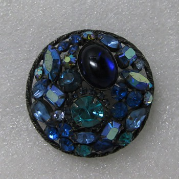 Blue melange rhinestone pin on japanned metal - Costume Jewelry