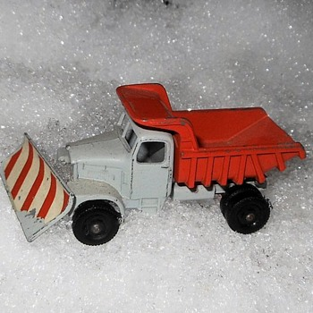 Moving Mountains Matchbox Monday MB 16 Scammel Snow Plough Mid 1960s - Model Cars