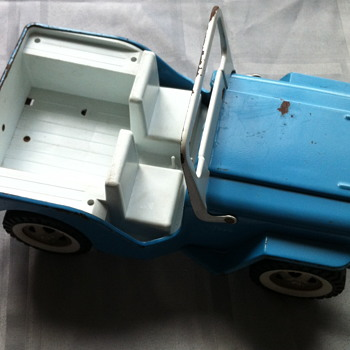 Tonka Jeep, trailer and boat. - Model Cars