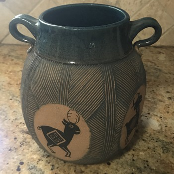Pottery with animal symbols  - Pottery