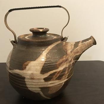 Stoneware teapot - China and Dinnerware