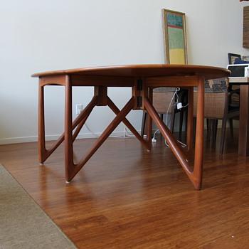 Ostervig for Jason Moebler Drop Leaf Table