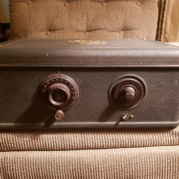 Atwater Kent - Radios