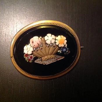 Micro micro mosaic brooch - Victorian Era