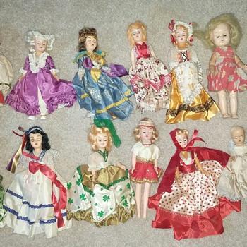 14 Old dolls - Dolls