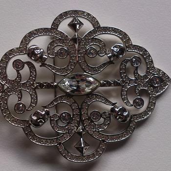 Swarovski brooch - Costume Jewelry