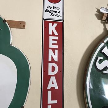 Kendall motor oil  - Petroliana