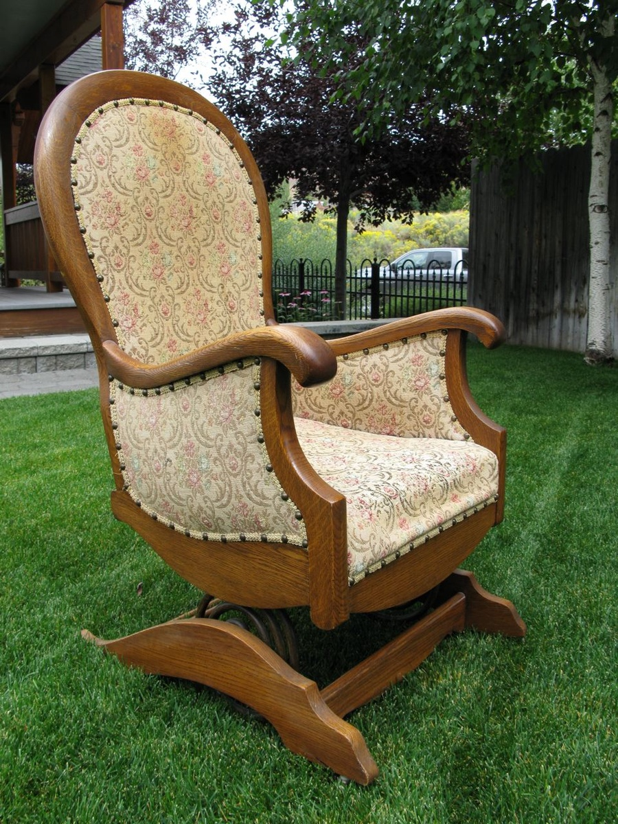 Platform or spring rocking chair | Collectors Weekly