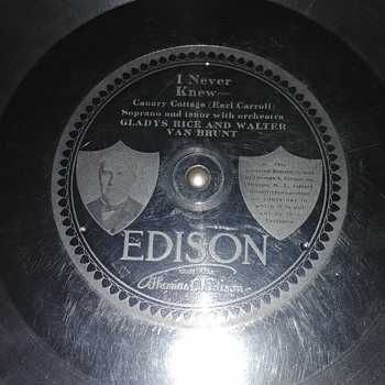 Edison Disc record labels. - Records