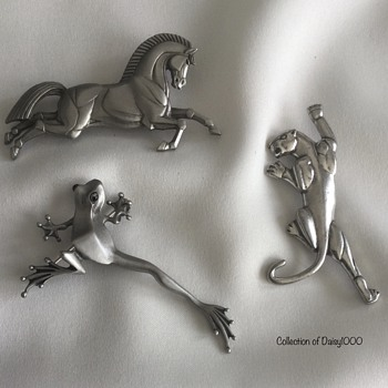 Jonette Jewelry Brooches — Horse, Frog, Panther ... Stylized - Costume Jewelry