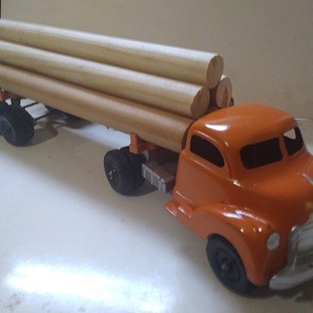 Hubley Truck and Log Trailer Restoration - Model Cars
