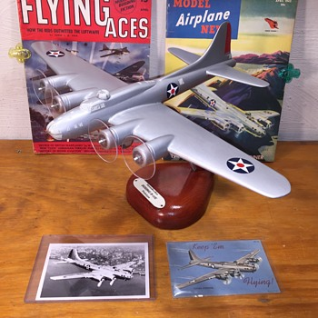 Vintage Strombecker Wood Recognition Model Boeing B-17E Prototype - Advertising