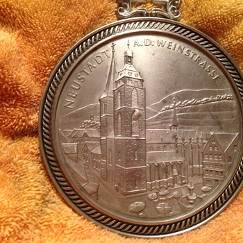 german city plaque or award? - World Coins