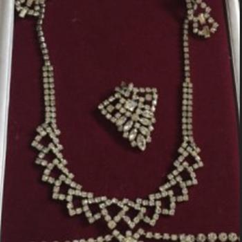Kramer Rhinestone set - Costume Jewelry