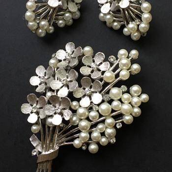 Trifari Pearl Rhinestone Brooch & Earring Set - Costume Jewelry