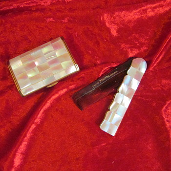 Mother of pearl compact and comb