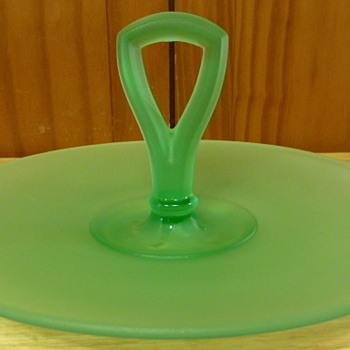 Westmoreland green satin center  handled serving tray - Glassware