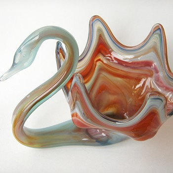My USA Vintage SOONER Slag Glass Swan Bowl  - Art Glass