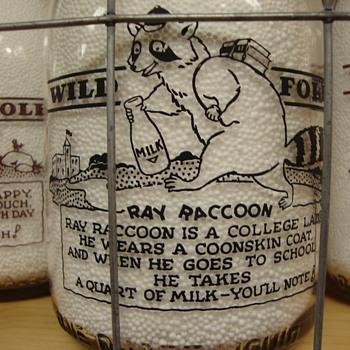 "FREAR DAIRY...""WILD FOLK SERIES""...RAY RACOON - Bottles"