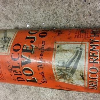 Vintage oil cans - Petroliana