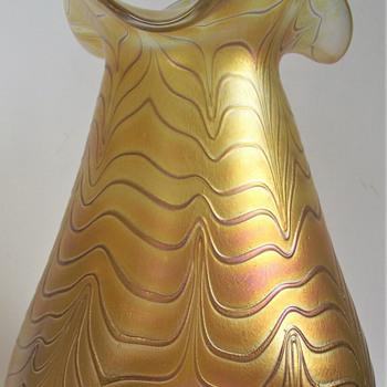 A LOETZ/IGOR MULLER  COMPARISON - Art Glass