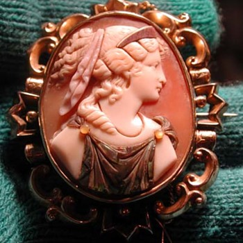 Rare commesso cameo of the goddess of fortune