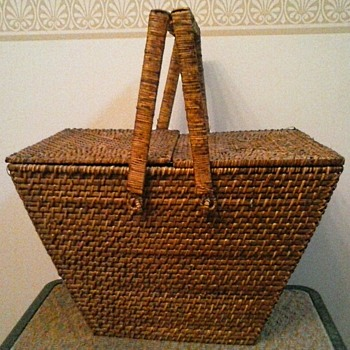 A Tisket... A Tasket... Who Made This Interesting Basket ?? - Furniture