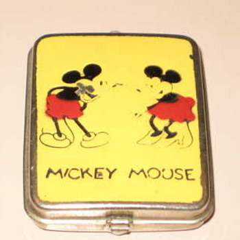Favorite Mickey Mouse compact! - Accessories