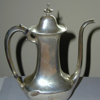 Whiting teapot - Silver