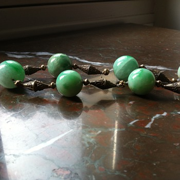 old chinese court necklace jade big beads in a necklace
