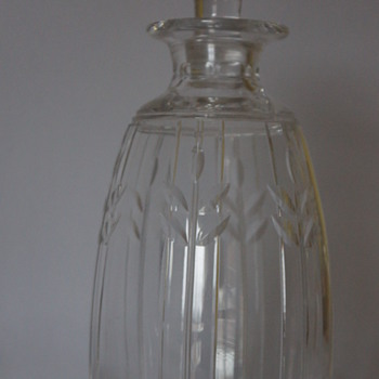 Staurt Crystal Decanter 1930s - Bottles
