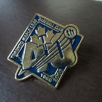 Pin - Toronto Maple Leafs (semi-pro baseball)