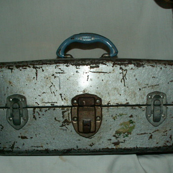 1950's Union Steel Watertite Tackle Box ~ Robins Egg Blue-Colored Handle