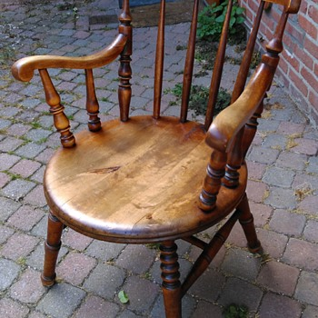 Victorian Windsor Penny seat armchair c1880 - Thrift Shop Buy!  €19,50 - Furniture