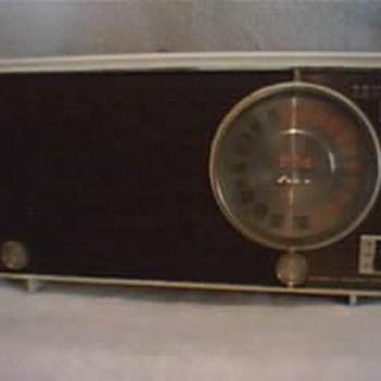 Zenith Am/AFC/FM Tube Radio Automatic frequency Control 1946/1951 - Radios