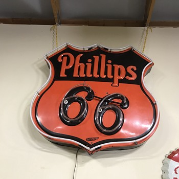 Phillips 66 neon sign  - Petroliana