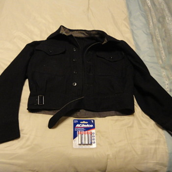 need info on this coat ? - Military and Wartime