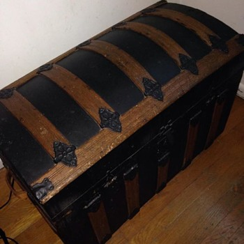 Old Trunk-Any Information? - Furniture