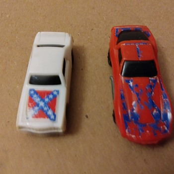 Hot Wheels sized General Lee knockoffs  - Model Cars