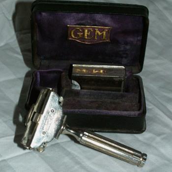 Antique Gem Shaving Razor - Accessories