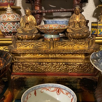 Antique Japanese or Chinese Luohans or Bodhisatvas on a Wooden Stand - Polychrome and Gilding - Asian