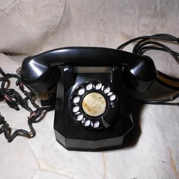 Automatic Electric Monophone 1939 - Telephones