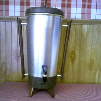 "Mid-Century ""Tricolator"" Coffee Percolator Urn Model TRW 42 / Circa Late 50's to 70's - Kitchen"