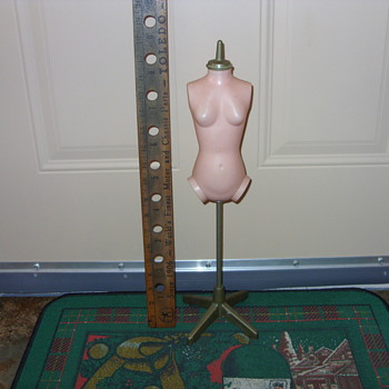 plastic dress form ? - Dolls