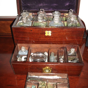 Apothecary traveling cabinet    - Bottles