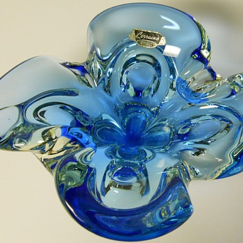 "Canadian Art Glass Ashtray""Lorraine"" Circa 1960-70 - Art Glass"