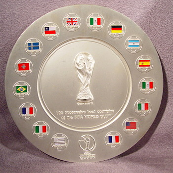 FIFA WORLD CUP SOCCER SUCCESSIVE HOST COUNTRIES PLATE ? - Silver