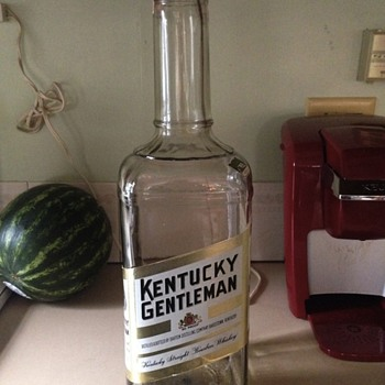 Just found this! Anyone have any info on it? It's a great 1 gallon bottle!